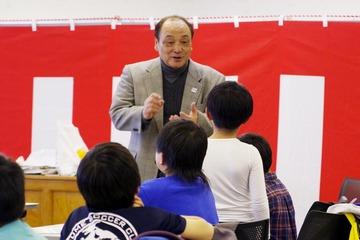 塚原氏と児童