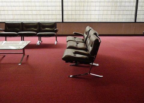 絨毯とソファー