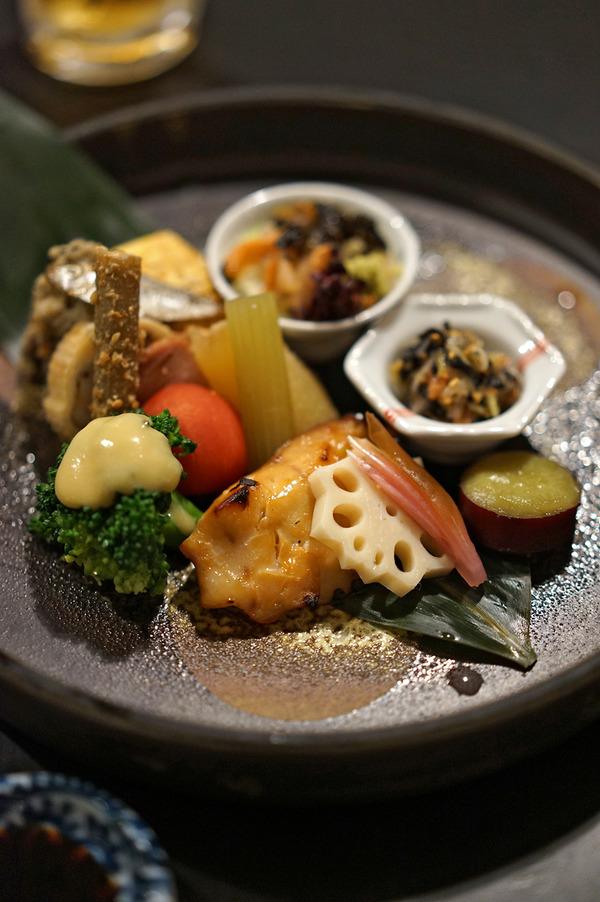 志賀島「おにや」で「MEGANE CURRY」の2人と晩ご飯。