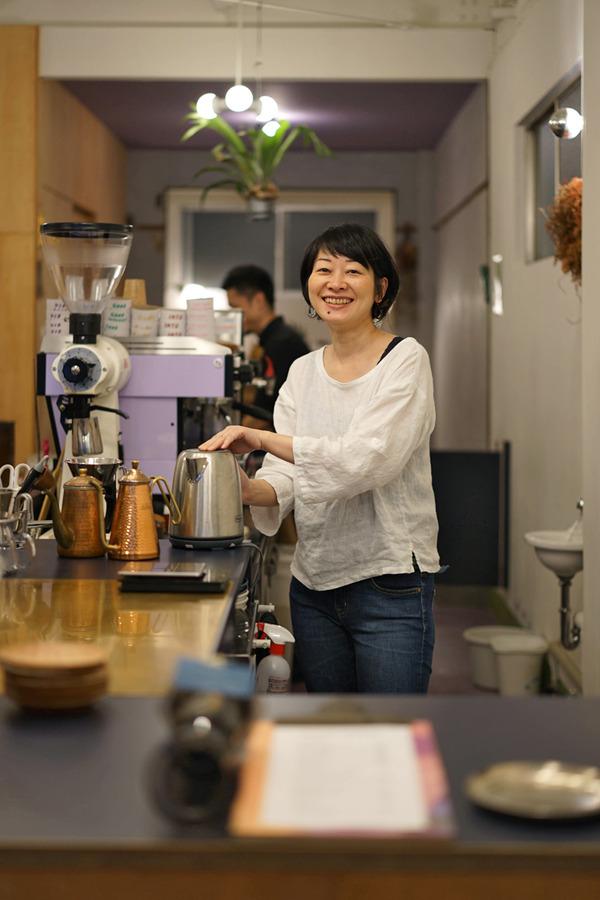 「COFFEE COUNTY」「ビストロ CORE」「カレーとお酒 banyan」「Banx River」「小さなカフェ つき」と昨夜の「ガムランディー」とカレーイベント「Spicy Journey」のこと。