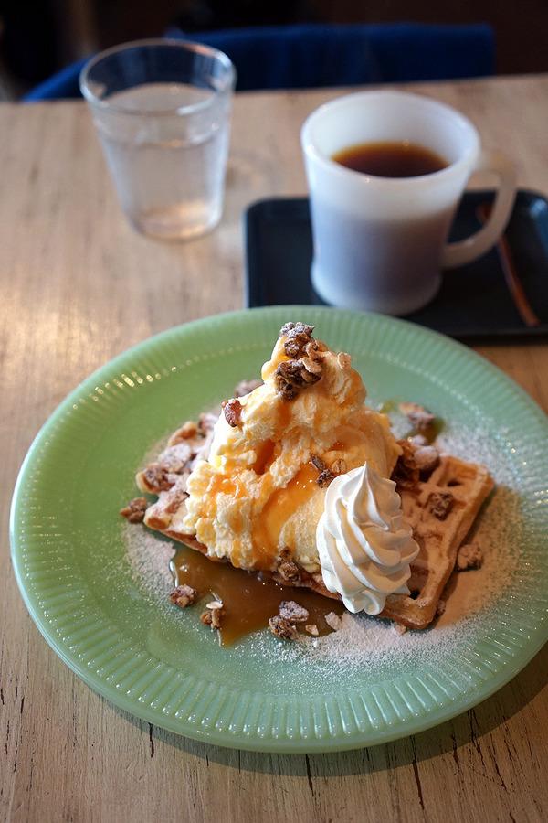 大晦日恒例「3po cafe.home」のワッフルで今年のカフェ納め。