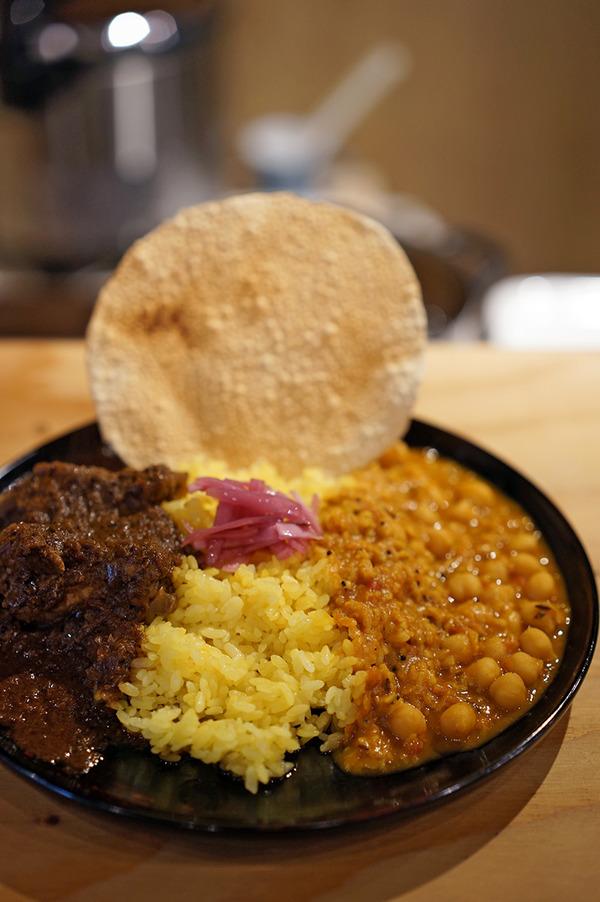 平尾村「floatan」でインドカレーからの「MANLY COFFEE」「VOLLMOND」。