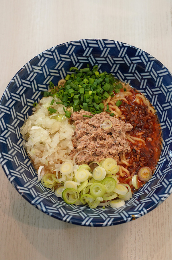 香椎【ざいとん】で来週から始まる10周年記念限定麺。昼は久しぶりに【高砂かんすけ】で魚ランチ。
