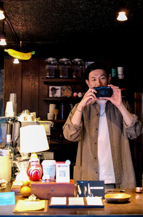 1日90円で富士フィルム社製ミラーレスデジタルカメラX-E4を買いました。