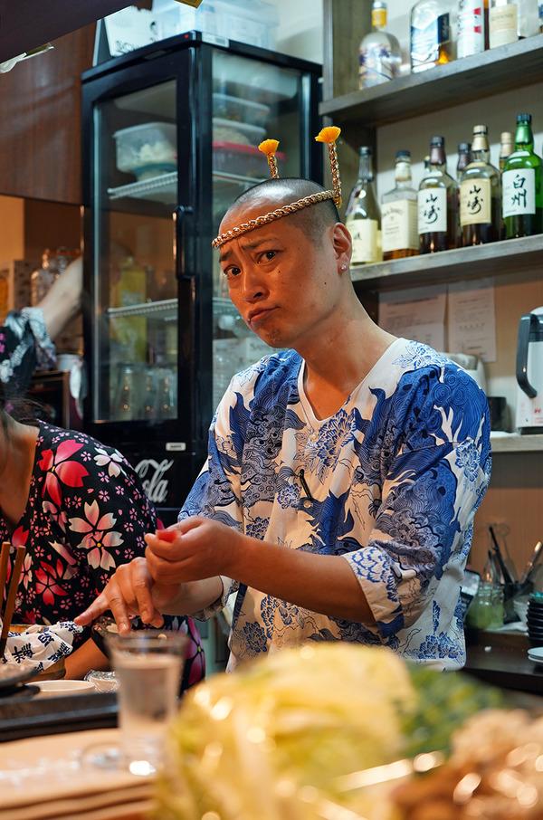 東区若宮【ゲゲゲの三丁目】という寿司居酒屋。お昼は【公園通り】の日替わりランチ。そして『カレバカラジオ』から生まれたレトルトカレー発売開始っす。