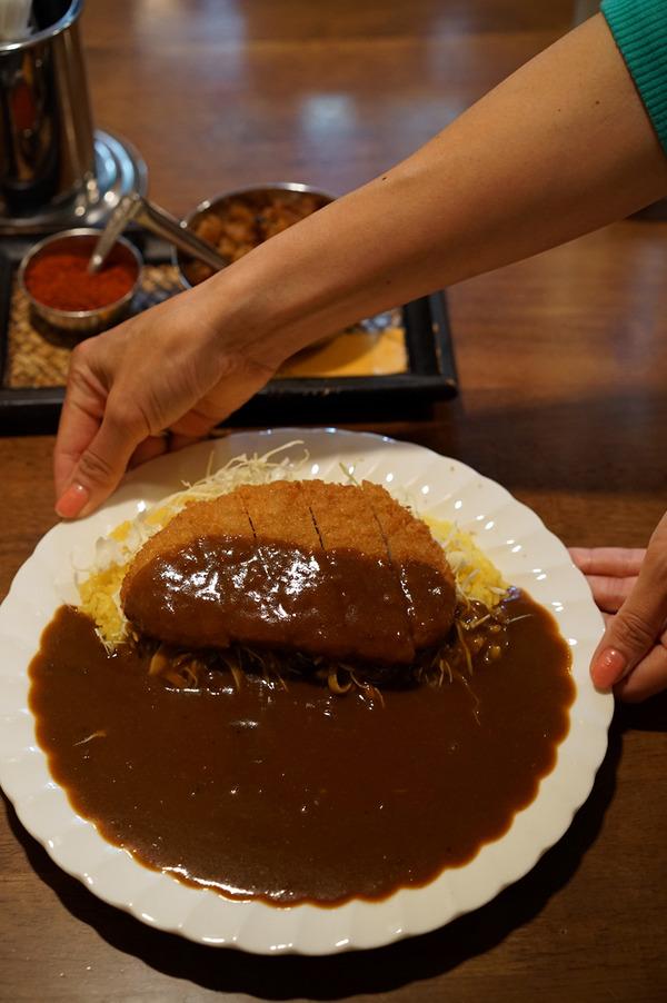 お昼は上川端「Spice」でカツカレーからの「ブラジレイロ」「MODOO'S COFFEE」。夜は「らぁめんシフク」「REC COFFEE 県庁東店」。
