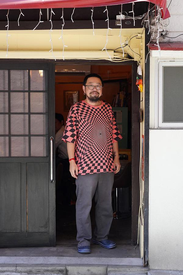 昼はオカノさんと【インド食堂 ワナッカム】でミールスからの【珈琲いわくま】でアイスコーヒー。
