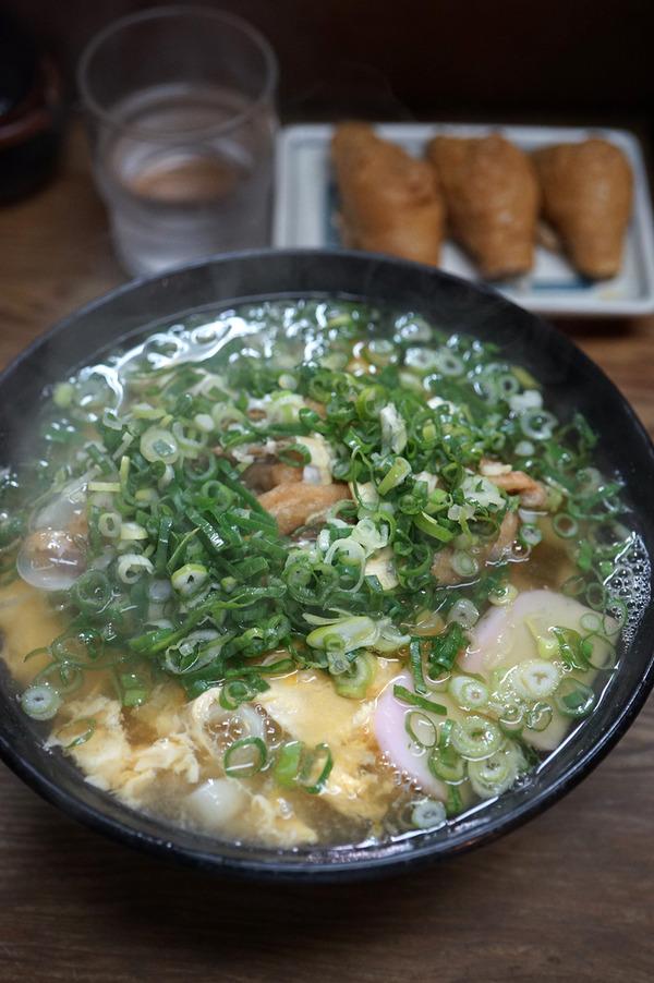 夜は赤坂「うどん処 松島」からの「MOMENT COFFEE」、昼は「じゃらん食堂」でチェダーチーズハンバーグ。