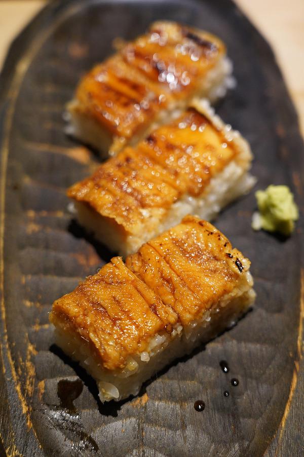 夜は【博多Tetsuji】で美味しい和食やお寿司。昼は【杏仁荘】からの【珈琲いわくま】。