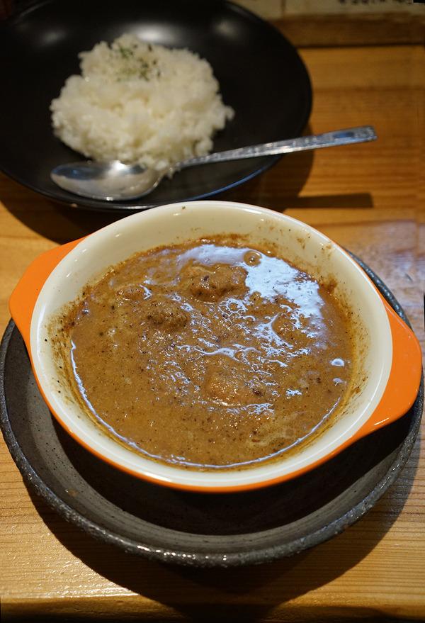 城南区神松寺「くしやき鳥三。」で美味い串焼きと美味いカレー。