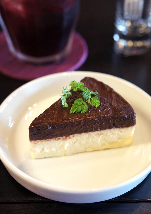 遠賀町「焼き菓子家 NiCOTTO」の湯煎焼きチーズケーキって。