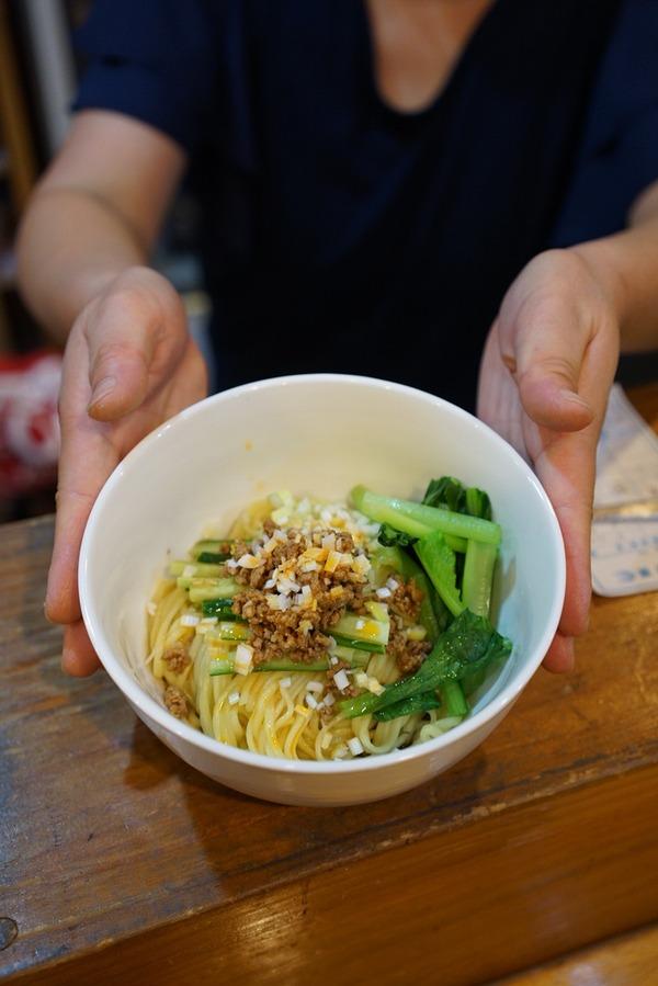 夜は「中国菜 隨園」、昼は「杏仁荘」「MOMENT COFFEE」「STEREO COFFEE」。