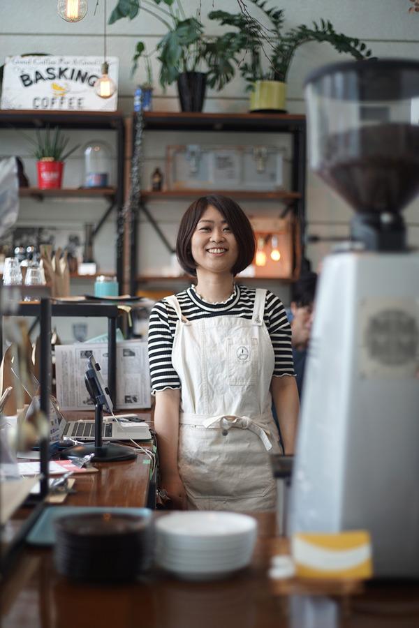 「Basking Coffee」のアヤノちゃん最終日の夜は『マルハバナイト』。お昼は「湯桶庵」で鴨せいろ。