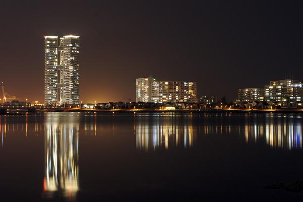 香椎浜に行って、SONYとSIGMAで夜景を撮り比べてみた。
