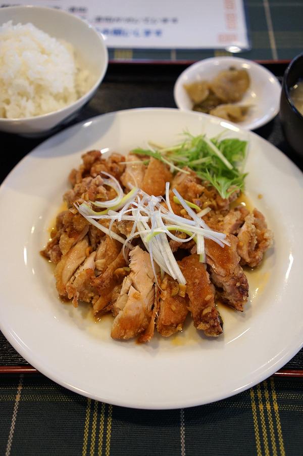 【新店】「高宮飯店」で油淋鶏定食、からの「ケンジーズ食堂」でドーナツセット。
