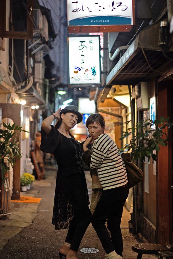 夜は中洲人形小路「茶碗蒸し本舗 稲穂」「焼酎処 あんたいとる」「味噌汁 田」。昼は「ナドーネル」からの「Pin」。