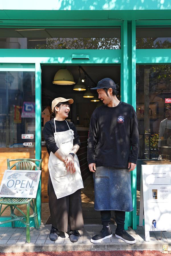お昼に【SHIROUZU COFFEE 港店】と『スパイス大作戦〜福岡編』。