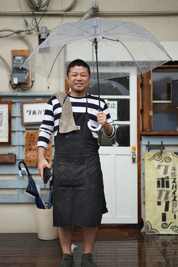 台風7号の中、昼は「クボカリー」、夜は「洋風食堂 枝」とか。