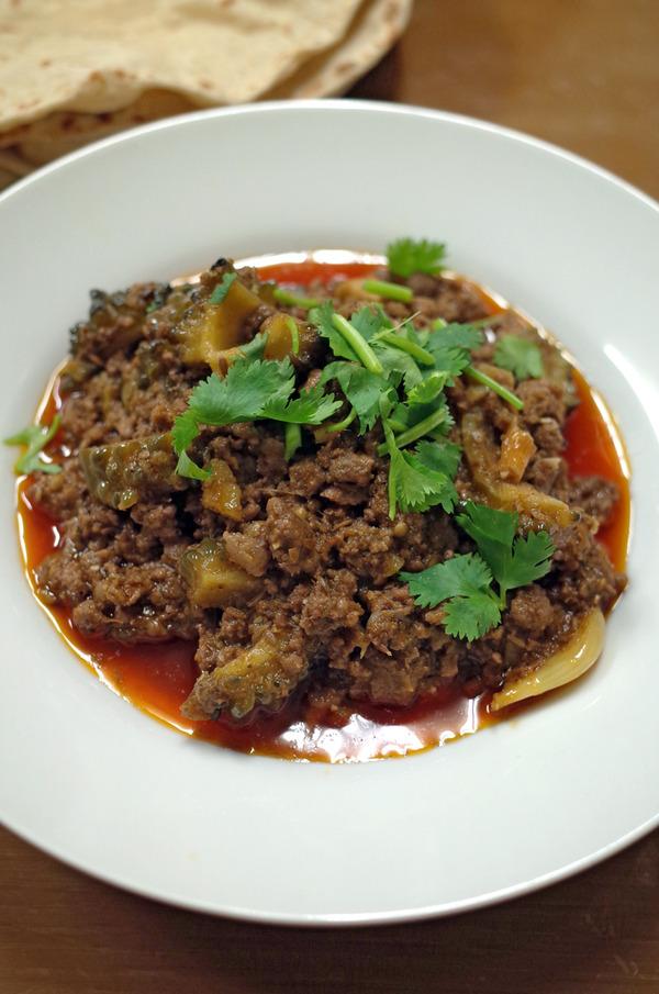 夜は「マルハバ」でキーマカレーとビリヤニからの「REC COFFEE 県庁東店」。昼は「杏仁荘」で鱚の油淋魚定食。