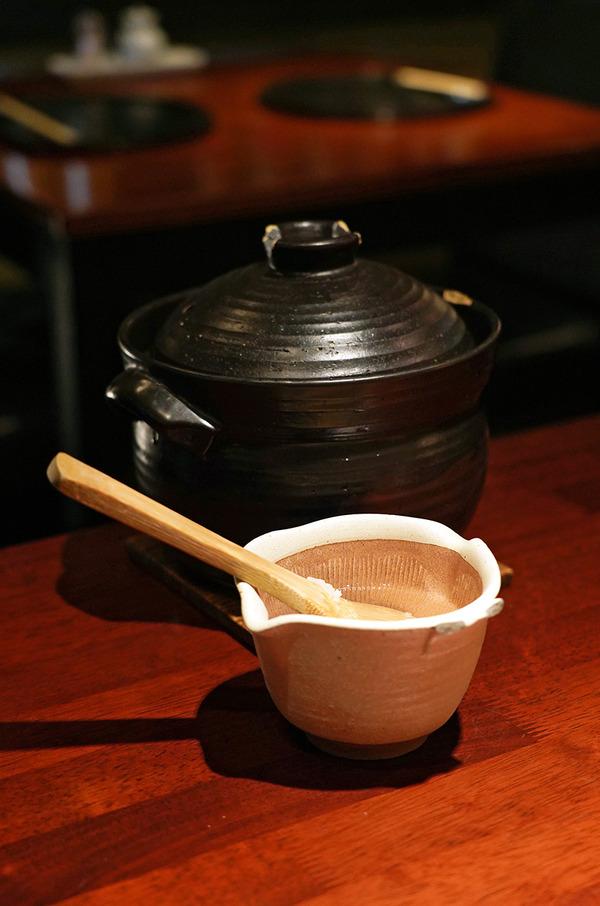 週末の夜に渡辺通【猫と魚】で和食とお酒。夕方に【ホピ珈琲】で新作ヨーグルトなど。