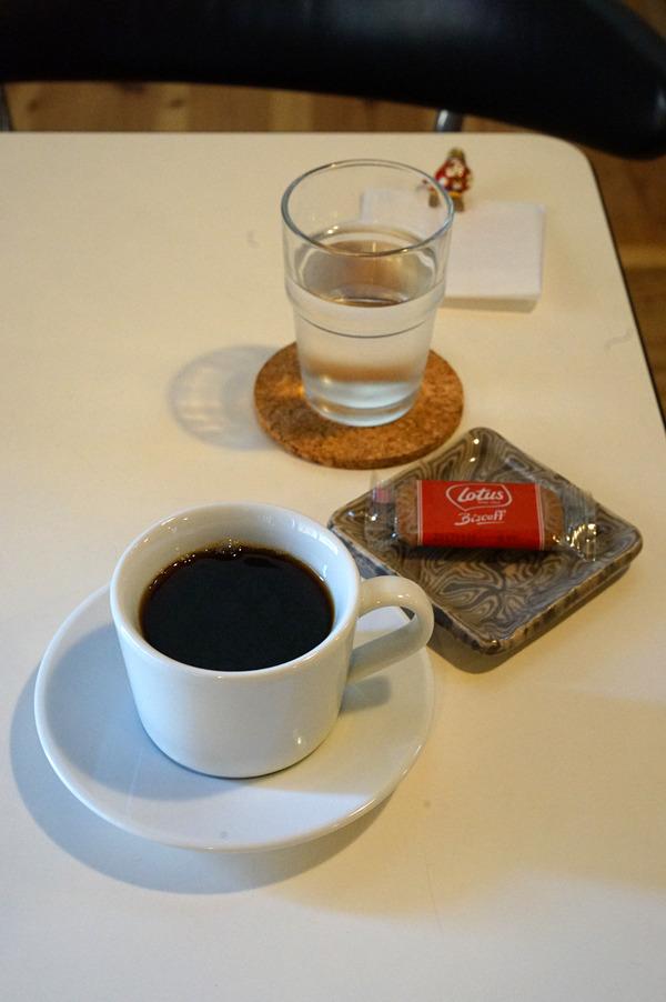 「こなみ」の後に「Hasu-ya Cafe」「くつろぎ」「マスカル珈琲」「香亭」。
