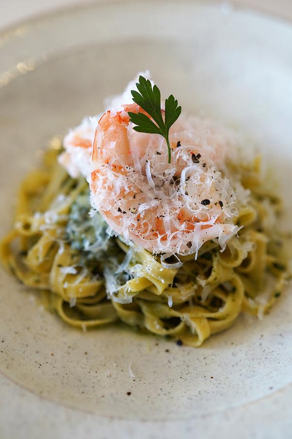 日田市【Blink】でお肉と自家製麺生パスタの美味しいコース料理。夜は【うちだ産業】からの【珈琲小林】。