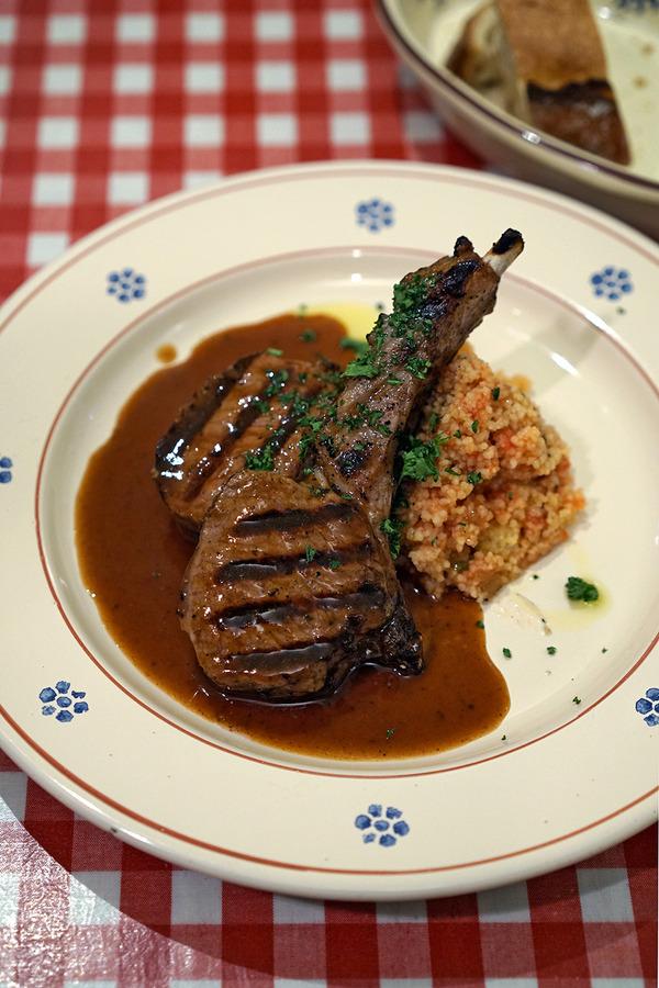 「イタリア食堂SACCO」が期間限定「フランス食堂SACCO」になってる。