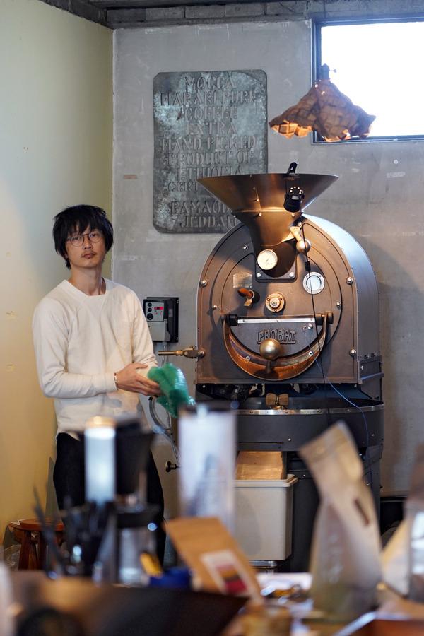 久留米【COFFEE COUNTY KURUME】が移転ニューオープン。2階には【マツノブデリ】。