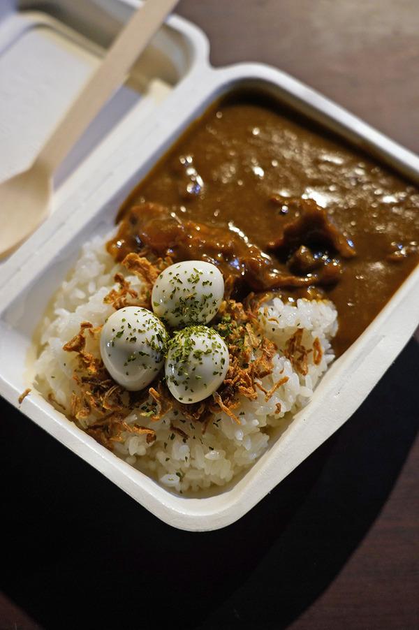 夜は日本縦断フードトラック【カレーコミュニケーション】からの【Banx River】。昼は【インド食堂ワナッカム】でベジミールスからの【珈琲いわくま】。
