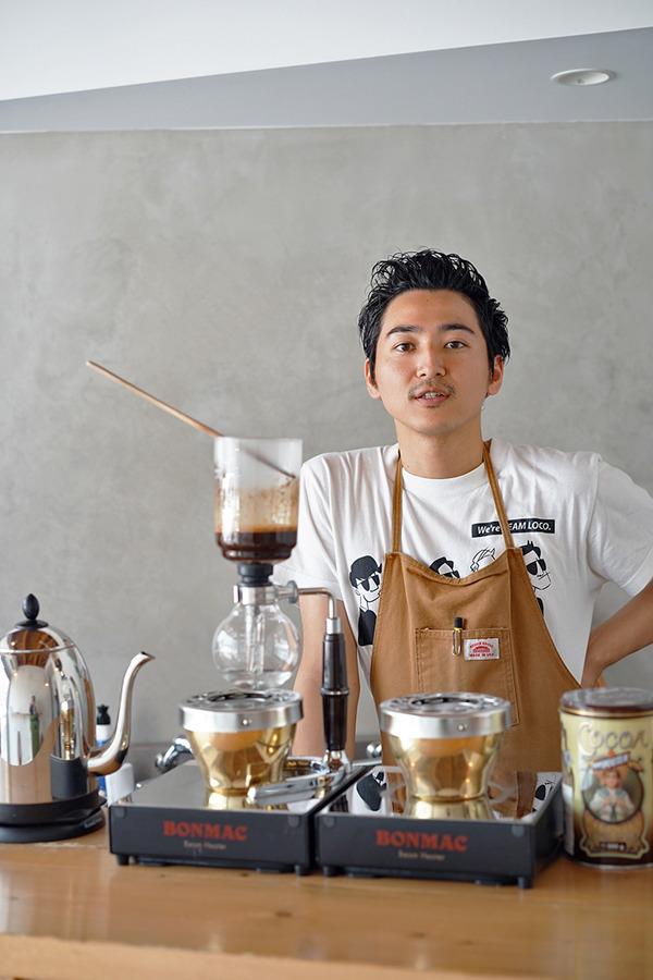 「Pin」のアイス珈琲と清川「喫茶・喫酒 おまめ」の日替わりランチ。