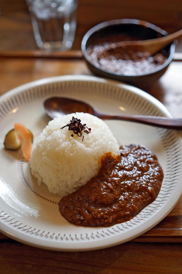 お昼は「家鴨軒」でカレー、夜は「Telas & mico」からの「Banx River」。