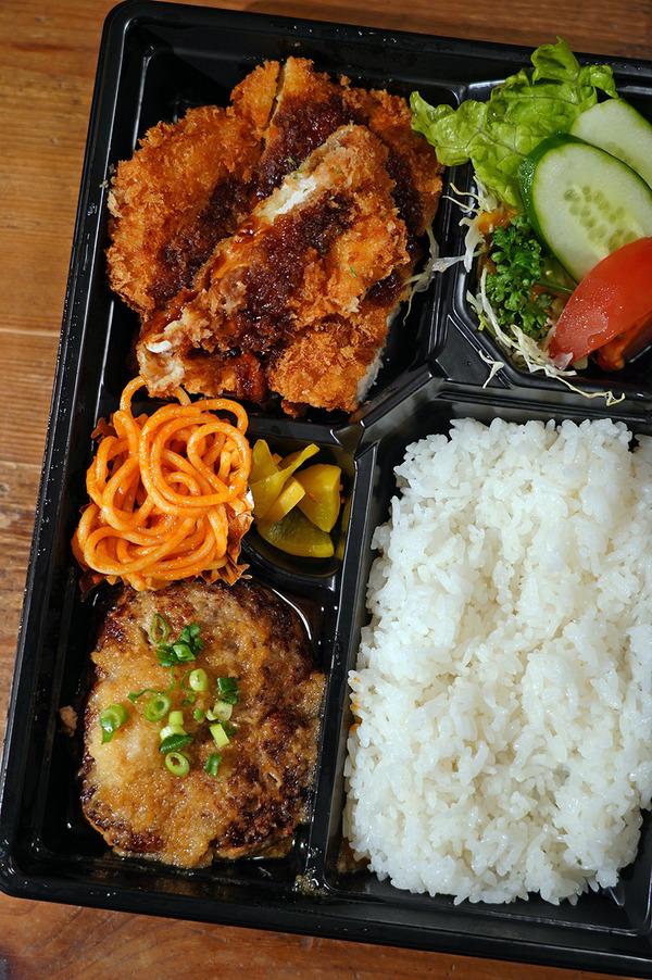 【洋風食堂 枝】でお弁当テイクアウト。5/17日曜日は千早駅前『合同カレー販売会』です。そして昨夜は『カレバカラジオ』でした。