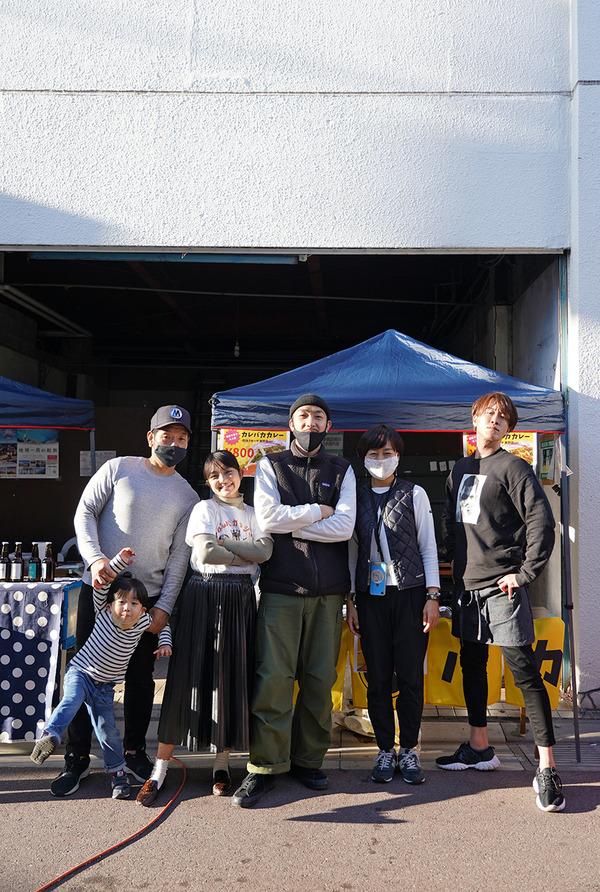 美野島商店街『ミノシマルシェ』でカレーと珈琲。昨夜は【杏仁坊主】でコース料理。