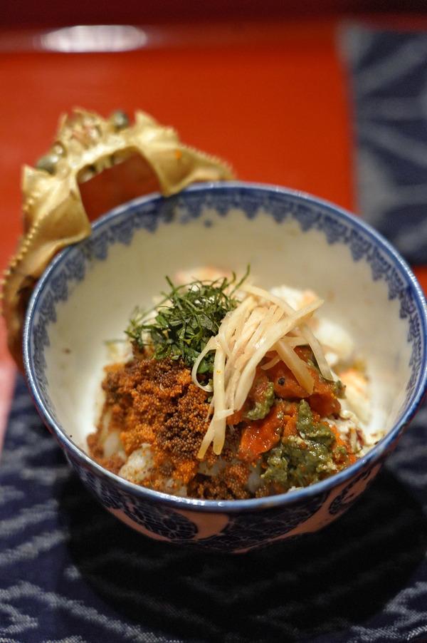 夜は清川の日本料理店で和食コースからの「うちだ産業」。昼は美野島商店街からの「manu coffee 柳橋店」。
