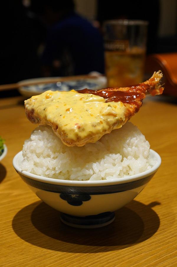 夜に【とり焼肉エイト】。お昼は志免町【アンジェロ】からの『ライジングゼファー福岡』の公式戦。