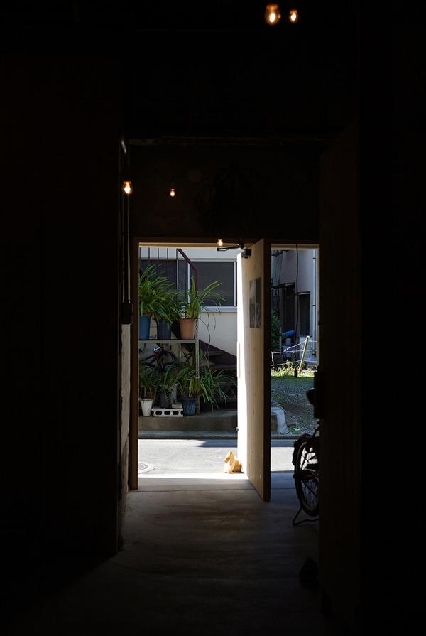 六本松に移転した【月白】で金澤尚宜個展「器を読む」。「九州新喜劇」公演。【喫茶千歳】【珈琲小林】。昨夜は【フィリペぺ】でイタリアン。