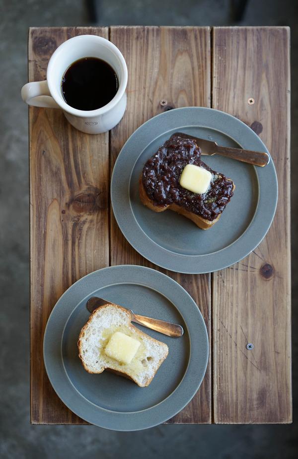ついに「Good up Coffee」であのトースト。「Pin」でアイスコーヒー、「カンパニョーラ」でパスタセット。
