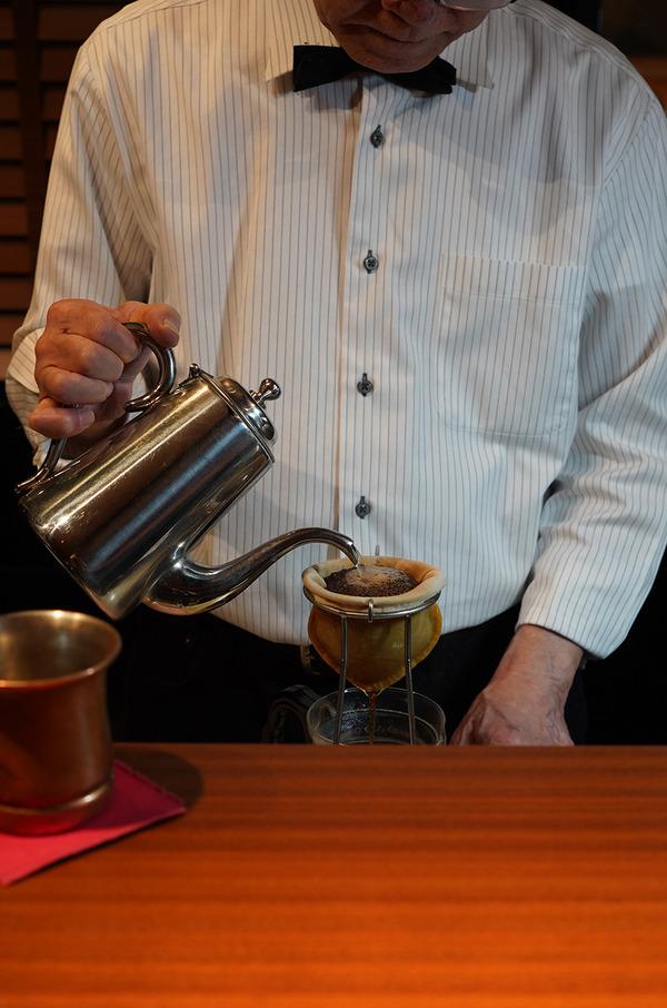 new【ぶんカフェ】が本日11/4、渡辺通に移転オープンしました!!