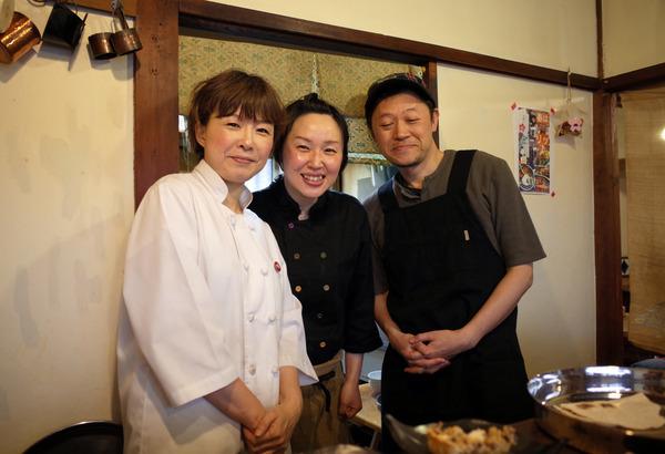 桜富士山かもめ食堂R0022871