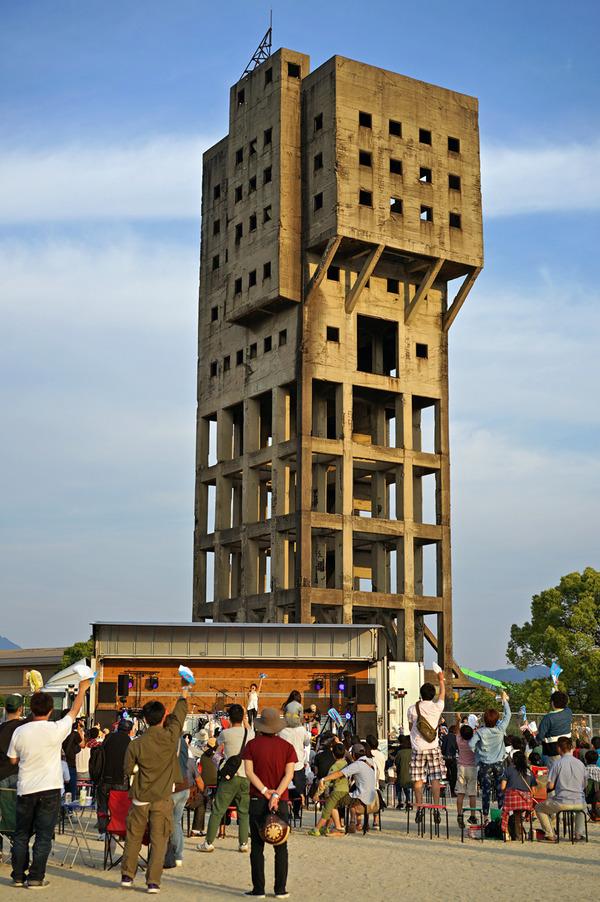 志免竪坑櫓前で『タテコウヤグライブ2017』開催。