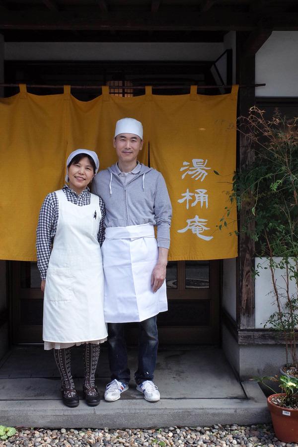 お昼は「湯桶庵」でざる蕎麦とミニ天丼。夜は「SWEET TIME +PLUS+」「香亭」。