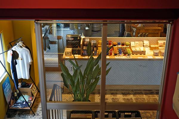 manucoffeeクジラ店DSC04516