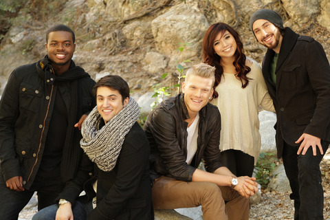 Pentatonix-releases-new-song-off-Christmas-album-900x600