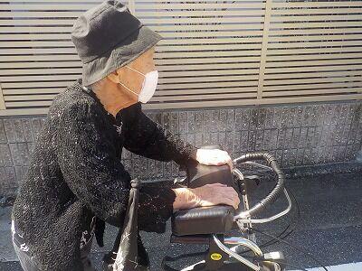 母歩行補助車