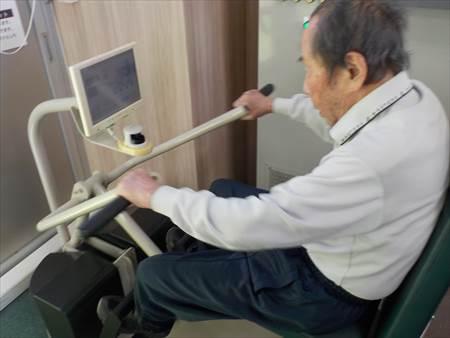 父マシン・トレーニング2_R