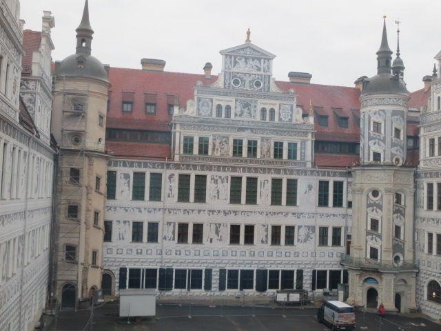 ドレスデン城&ツヴィンガー宮殿  60代女性一人旅~旅が好き