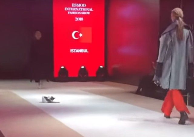 fashionshow1_e