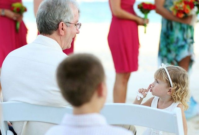 flower-girls-ring-bearers-wedding-ideas-57c6ebe8b90c4__700_e