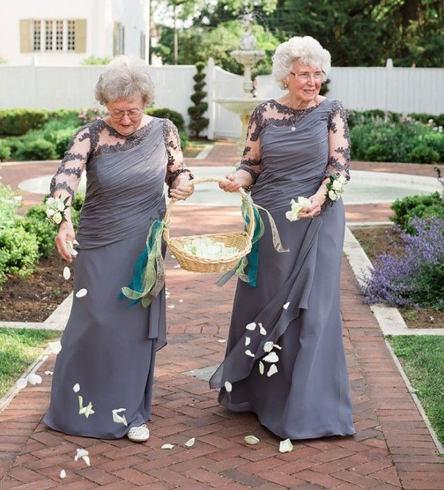 flower-girls-ring-bearers-wedding-ideas-1-57c6c8acc4a10__700_e