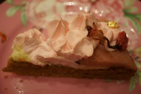 【目白】カフェ シャンソニエ アコリット【インスタ映え抜群!期間限定日本ロリータ協会会長プロデュースの桜ケーキセットがおすすめ!】